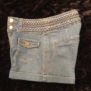 Bebe Shorts!